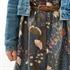 Bild von Flower Field - M - Baumwolle Gabardine Twill - Nachtblau